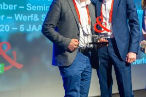 Jan Riedijk, HR Directeur Total Nederland (l) en Bjørn Gallée, Directeur DITIS HR (r)